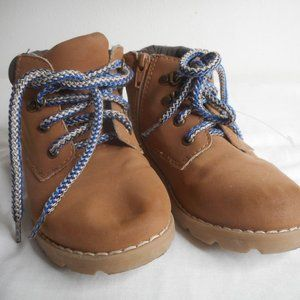 Kids Size 9 Gymboree Work Boots zip and lace up